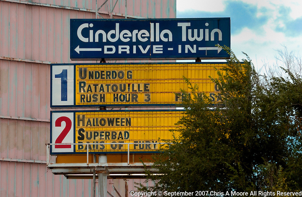 The Marquee of the final shows on the final night of Cinderella Drive-in.