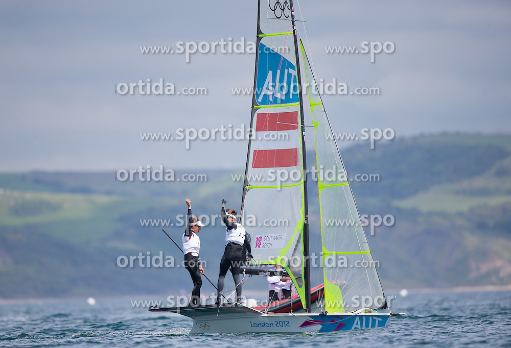 08.08.2012, Bucht von Weymouth, GBR, Olympia 2012, Segeln, Herren 49er, im Bild Nico Delle Karth, Nikolaus Resch (AUT) // Nico Delle Karth, Nikolaus Resch (AUT)  during Sailing men's 49er at the 2012 Summer Olympics at Bay of Weymouth, United Kingdom on 2012/08/08. EXPA Pictures © 2012, PhotoCredit: EXPA/ Johann Groder