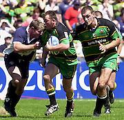 01/06/2002.Sport - Rugby - Zurich Championship.Bristol v Northampton.Saint's Steve Thompson supported by Olivier Brouzet charge through the Bristol half   [Mandatory Credit, Peter Spurier/ Intersport Images].