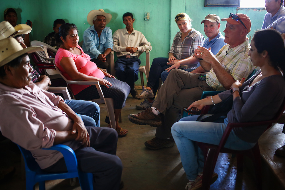 Coffee farmers with farms suffering from coffee rust fungus meet with a team from Starbucks, including Craig Russell, eve Global Coffee, in Union Buenavista, Ejido, Chicomuselo, Chiapas, Mexico. (Joshua Trujillo, Starbucks)