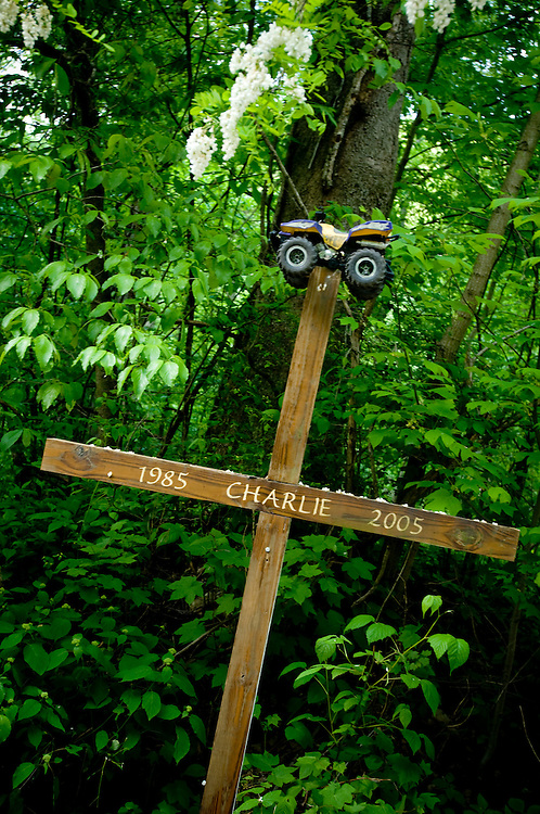 A cross where a young man died in a four-wheeler accident...Photographer: Chris Maluszynski /MOMENT