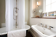 Bathroom from a contemporary refurbishment of a Victorian terrace house at 74 Ulverscroft Road, East Dulwich, London, England. Designed by Jo Houchell & architect Oliver Houchell, 2008