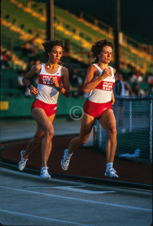 Mary Slaney, Cathie Twomey, Prefontaine Classic track and field meet, Hayward Field, University of Oregon, Eugene, Oregon, USA