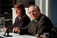 11 JAN 2000, BERLIN/GERMANY:<br /> Wolfgang Sch&auml;uble, CDU Vorsitzender, w&auml;hrend der Pressekonferenz &quot;100.000-Mark-Spende des Waffenh&auml;ndlers Schreiber&quot;, im Hintergrund: Angela Merkel, CDU Generalsekret&auml;rin, CDU Bundesgesch&auml;ftsstelle<br /> IMAGE: 20000111-01/01-29<br /> KEYWORDS: Wolfgang Schaeuble