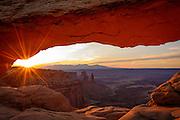 Mesa Arch at sunrise, Canyonlands National Park, Utah.