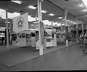 1976 - US Embassy Bicentennial Stand RDS Horse Show Dublin (K45)