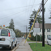 10/30/12 - Hockessin, DE - Hurricane Sandy - Verizon Tech Tom steps down from his ladder after making repairs to a elevated cable Tuesday, Oct. 30, 2012, in Hockessin DE. ..SAQUAN STIMPSON/Special to The News Journal