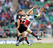 Twickenham, GREAT BRITAIN,  Quins, Mike BROWN attempts to charge down, Glen JACKSON's, clearence kick, during the Guinness Premiership match,  Saracens vs Harlequins, at Twickenham Stadium, Surrey on Sat 06.09.2008. [Photo, Peter Spurrier/Intersport-images]