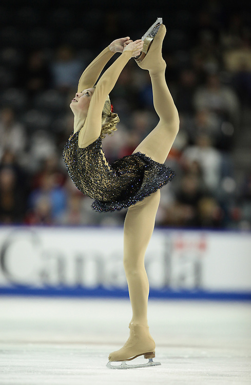 GR2019 --20101029- Kingston, Ontario,Canada -- Ksenia Makarova of Russia skates her short program a Skate Canada International in Kingston, Ontario, October 29, 2010.<br /> AFP PHOTO/Geoff Robins