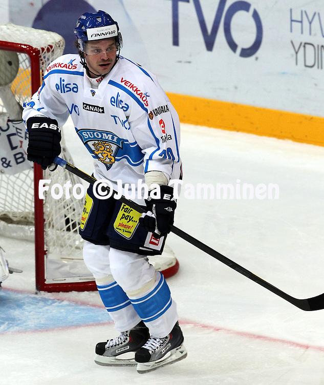 10.11.2011, Hartwall-Areena, Helsinki, Finland..Euro Hockey Tour - Karjala-turnaus 2011. Suomi - Venj / Finland v Russia..Janne Pesonen - Suomi..