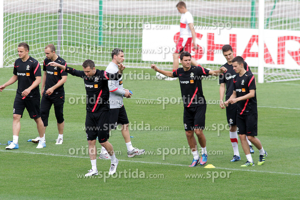 09.06.2012, Trainingstadion, Warschau, POL, UEFA EURO 2012, Polen, Training, im Bild DARIUSZ DUDKA, ADRIAN MIERZEJEWSKI , JAKUB WAWRZYNIAK , GRZEGORZ WOJTKOWIAK , LUDOVIC OBRANIAK // during the during EURO 2012 Trainingssession of Poland Nationalteam, at the preperation stadium, Warsaw, Poland on 2012/06/09. EXPA Pictures © 2012, PhotoCredit: EXPA/ Newspix/ Adam Jastrzebowski..***** ATTENTION - for AUT, SLO, CRO, SRB, SUI and SWE only *****