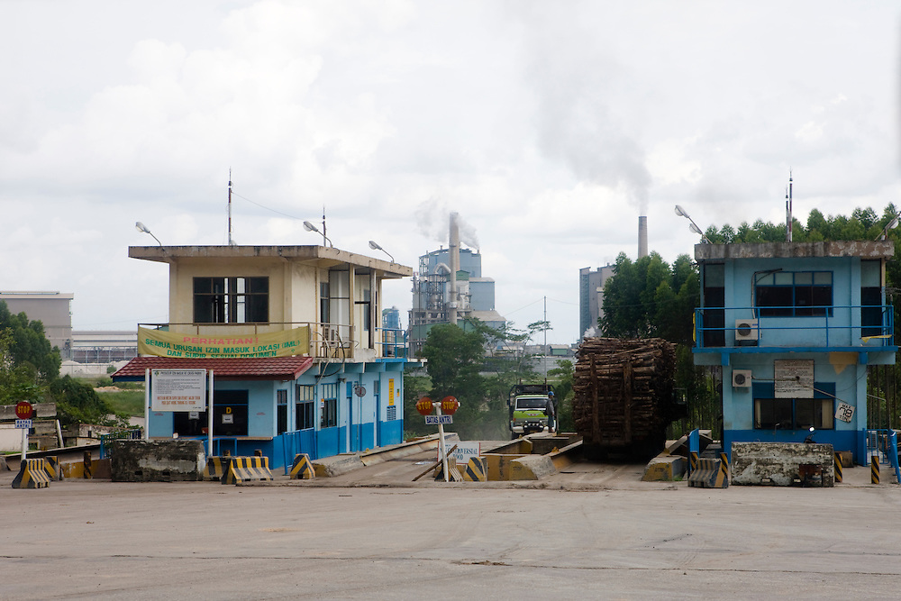 The P.T. Indah Kiat Pulp and Paper Terbuka Company plant is located near Perawang, Indonesia, on the island of Sumatra, and is owned by the APP (Asia Pulp and Paper) group, Aug. 30, 2008..Daniel Beltra/Greenpeace