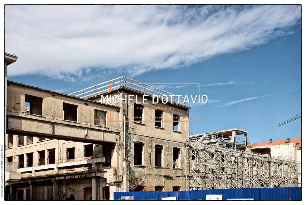 Barriera di Milano cantiere Ex Incet,  compreso tra via Cigna, via Cervino, via Banfo e corso Vigevano. Torino 17 maggio 2012