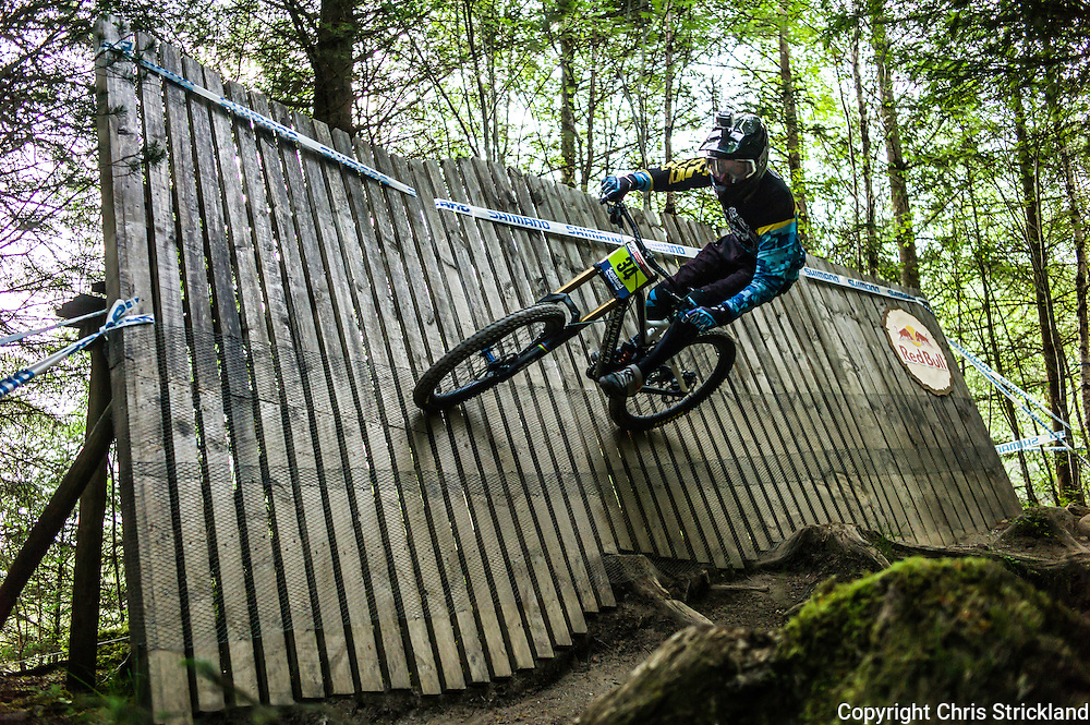 Nevis Range, Fort William, Scotland, UK. 4th June 2016. Conor Bate of Ireland in action on the wall. The worlds leading mountain bikers descend on Fort William for the UCI World Cup on Nevis Range.