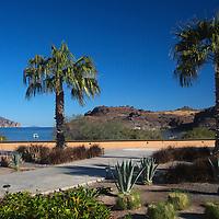 Mexico, Baja California Sur, Loreto. Villa del Palmar Loreto on Danzante Bay.
