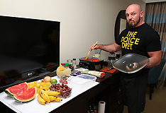July 30, 2015: Inside Ronda Rousey's Hotel Kitchen with Mike Dolce