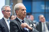 29 MAR 2017, BERLIN/GERMANY:<br /> Dr. Juergen Heraeus, Praesident B20, Vorsitzender von UNICEF Deutschland, Aufsichtsratsvorsitzender der Firma Heraeus, haelt eine Rede, Veranstaltung des Wirtschaftsforums der SPD und der Business 20, B20: &quot;Global Governance in Zeiten der Globalisierungsskepsis - Impulse aus der G20-Wirtschaft&quot;, Quartier Zukunft der Deutschen Bank<br /> IMAGE: 20170329-02-149<br /> KEYWORDS: Dr. J&uuml;rgen Heraeus