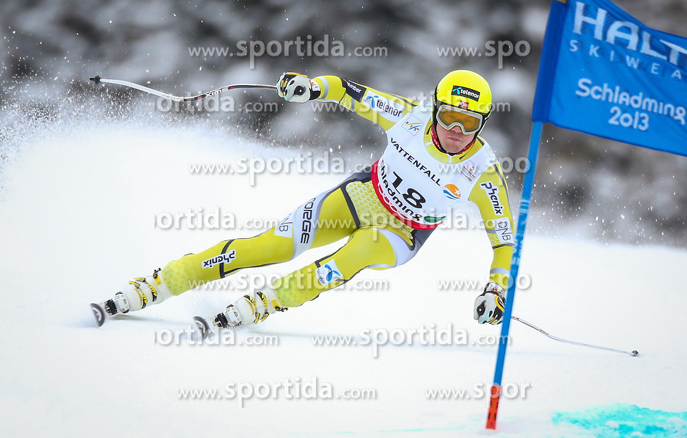 06.02.2013, Planai, Schladming, AUT, FIS Weltmeisterschaften Ski Alpin, Super G, Herren, im Bild Kjetil Jansrud (NOR) // Kjetil Jansrud of Norway in action during Mens SuperG at the FIS Ski World Championships 2013 at the Planai Course, Schladming, Austria on 2013/02/06. EXPA Pictures © 2013, PhotoCredit: EXPA/ Johann Groder