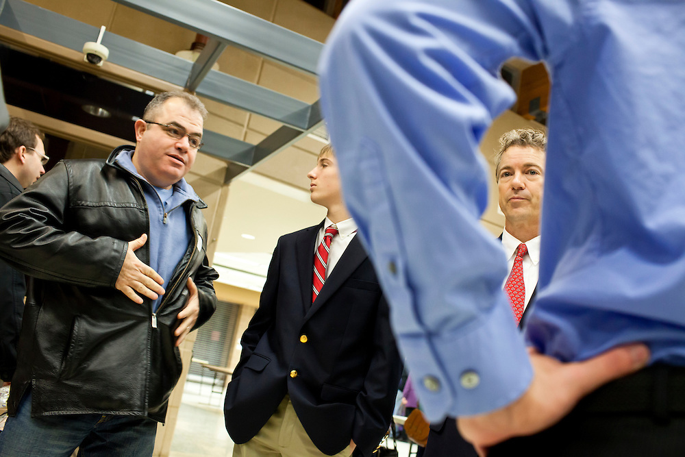Sen. Rand Paul (R-KY) visits a caucus site at Summit Middle School to campaign for his father on Tuesday, January 3, 2012 in Johnston, IA.