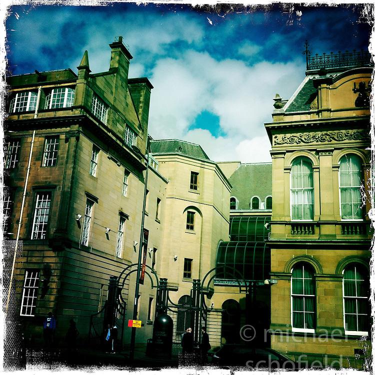 Chamber Street, Edinburgh..Hipstamatic images taken on an Apple iPhone..©Michael Schofield.