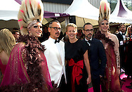30-5-2015 AMSTERDAM - Princess Mabel arrive by fashion designers Viktor &amp; Rolf (L) at the Heineken Music Hall, Amsterdam's annual Dinner is held. The proceeds from the benefit dinner will go to research on the AIDS activists who died last year at the plane crash with the MH17. COPYRIGHT ROBIN UTRECHT<br /> AMSTERDAM - Prinses Mabel arriveert met couturiers Viktor &amp; Rolf (L) bij de Heineken Music Hall, waar het jaarlijkse AmsterdamDiner wordt gehouden. De opbrengst van het benefietdiner gaat naar onderzoek van de aidsactivisten die vorig jaar omkwamen bij de vliegramp met de MH17. COPYRIGHT ROBIUTRECHT