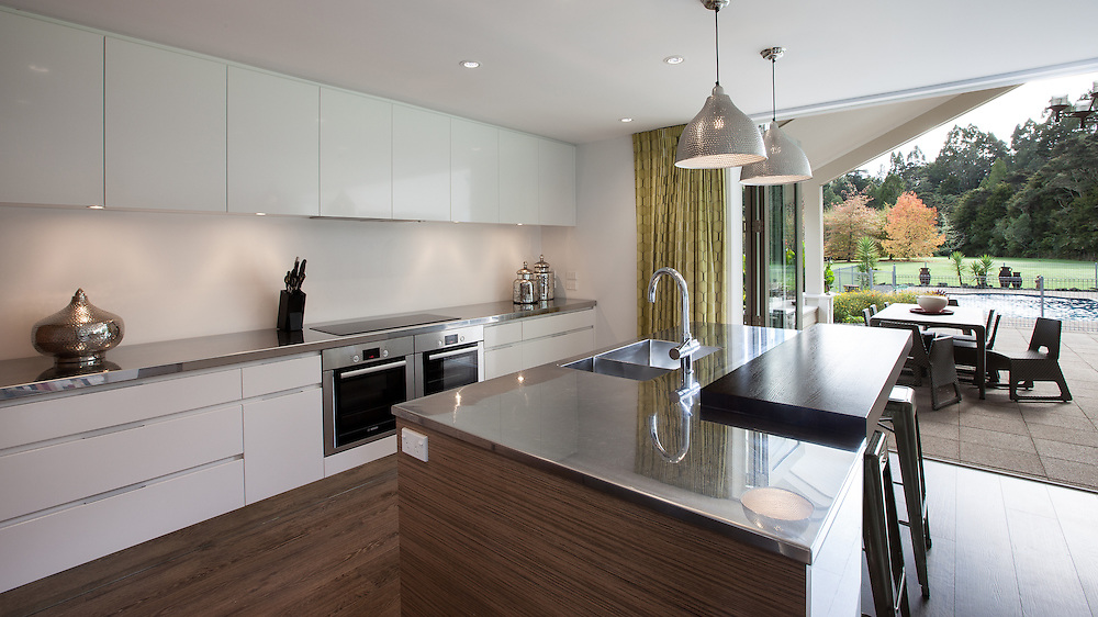 Whitfield Kitchen - Kitchen Link. May 2013. Photo: Gareth Cooke/Subzero