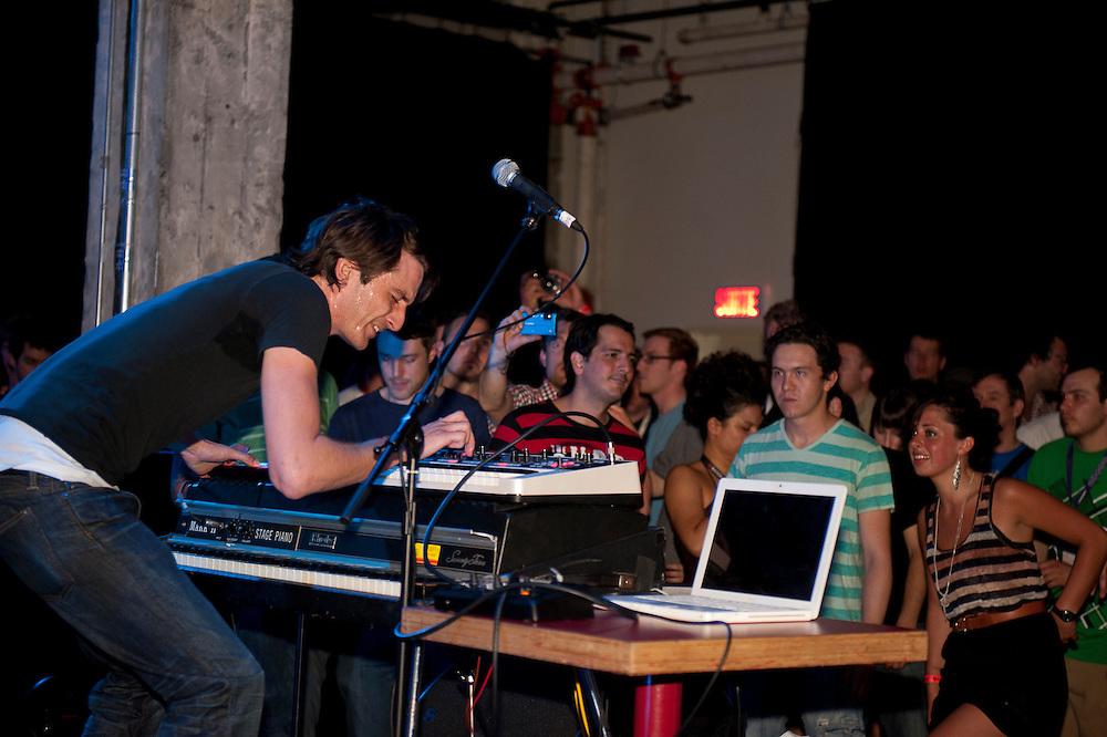 MUTEK 2011/NOCTURNE 5/ SAT /DANUEL TATE