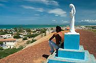Vista de la Isla de Coche, una de las regiones que, junto con las islas de Margarita y Cubagua, forma parte del estado Nueva Esparta. 2005. (Ramón Lepage / Orinoquiaphoto)  View of the Island of Coche, one of the regions that, together with the islands of Margarita and Cubagua, take part of the state Nueva Esparta. 2005. (Ramon Lepage / Orinoquiaphoto)