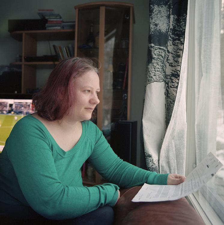 Steffie Eronen, l'une des 2 000 personnes qui reçoit le revenu de base, chez elle à Mikkeli