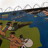 Mural que representa la lucha entre latinoamerica y el imperio de los Estados Unidos de América (USA) ubicado en el sector 'La Cañada' de la parroquia 23 de Enero. Caracas, 01 Feb 2008. (ivan gonzalez).