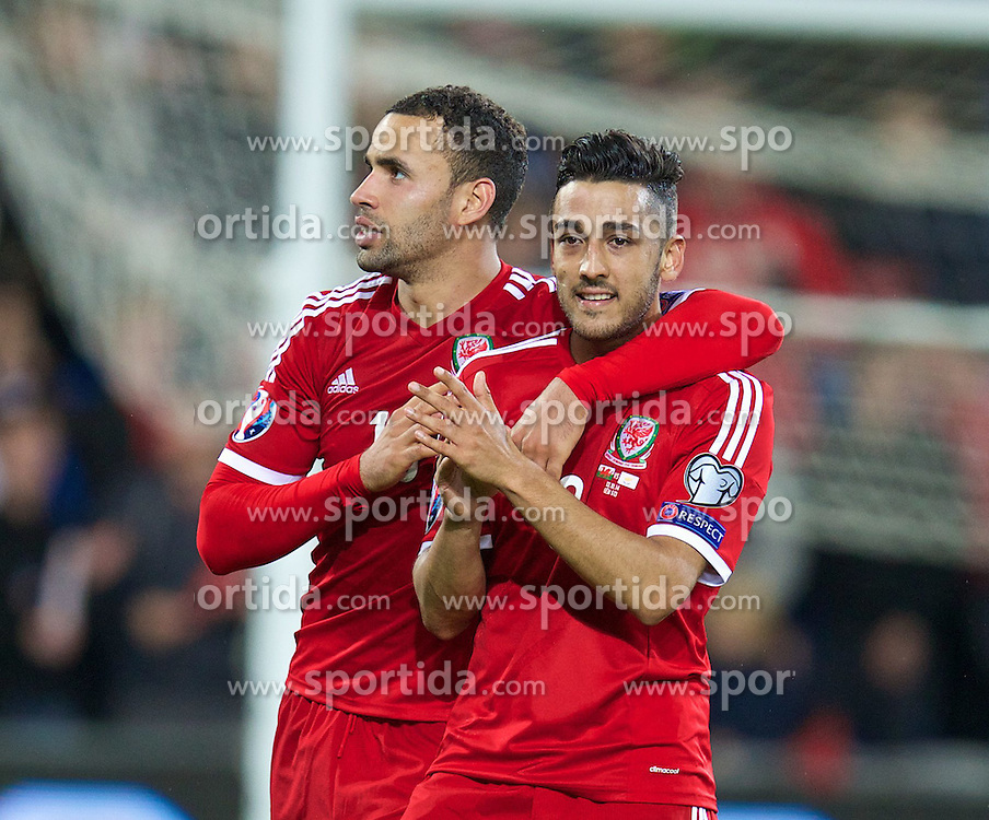 13.10.2014, City Stadium, Cardiff, WAL, UEFA Euro Qualifikation, Wales vs Zypern, Gruppe B, im Bild Wales' Hal Robson-Kanu and Neil Taylor celebrate after beating Cyprus 2-1 // 15054000 during the UEFA EURO 2016 Qualifier group B match between Wales and Cyprus at the City Stadium in Cardiff, Wales on 2014/10/13. EXPA Pictures &copy; 2014, PhotoCredit: EXPA/ Propagandaphoto/ David Rawcliffe<br /> <br /> *****ATTENTION - OUT of ENG, GBR*****