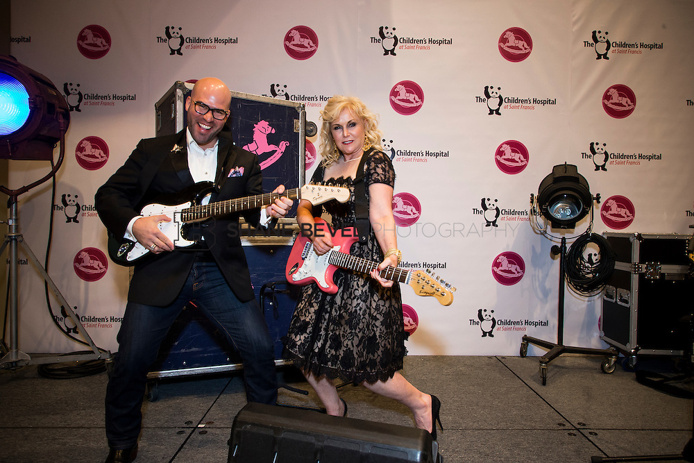 11/1/13 6:57:18 PM --- 2013 Painted Pony Ball for The Children's Hospital at Saint Francis with Chris Young and Dwight Yoakam. <br /> <br /> Photo by Shane Bevel