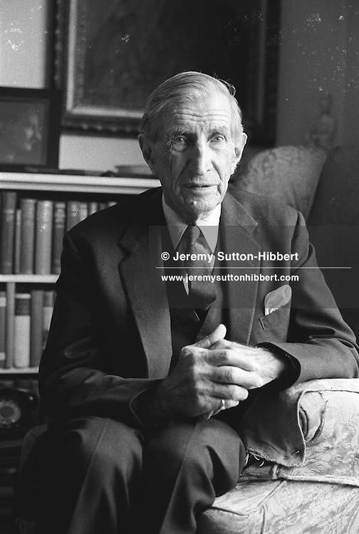 Rex ref 193676 JSU.10th Dec 1991, Wilfred Thesiger, London, UK