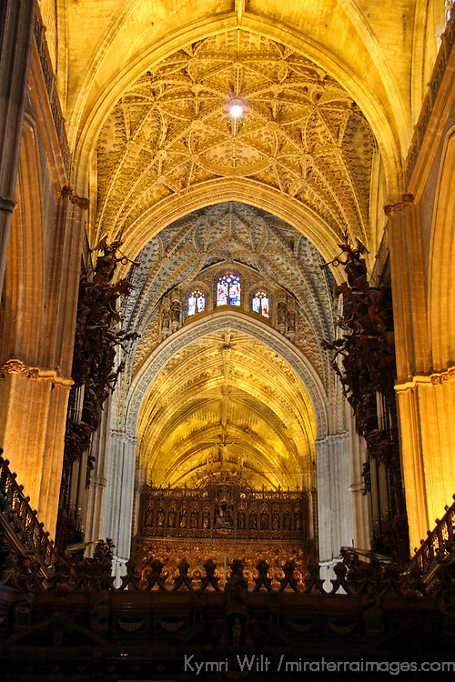 Europe, Spain, Seville. The Cathedral of Seville, Cathedral de Sevilla. Interior nave and view of the choir.