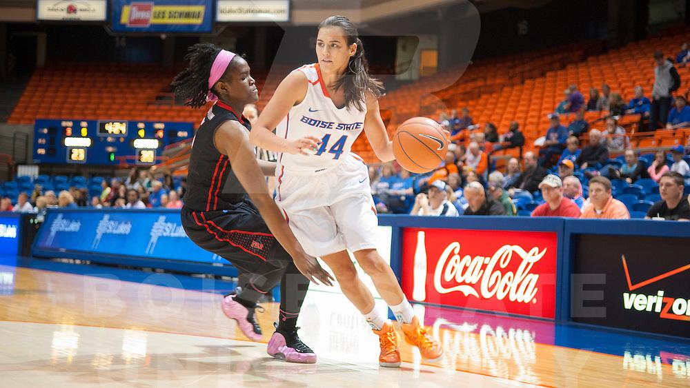 Women's Basketball vs San Diego State, Spring, Jessica Vargas Photo
