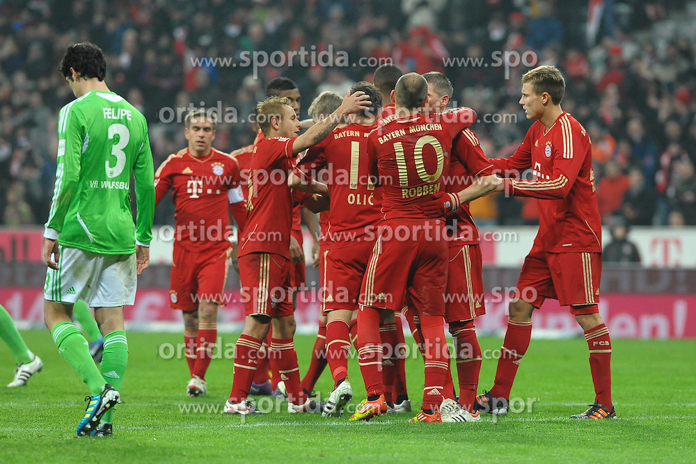 "28.01.2012, Allianz Arena, Muenchen, GER, 1. FBL, Bayern Muenchen vs VFL Wolfsburg, 19. Spieltag, im Bild Jubel bei Ivica OLIC (FC Bayern Muenchen) naqch seinem Tor zum 2:0 in der Nachspielzeit. Action,Aktion // during the football match of the german ""Bundesliga"", 19th round, between GER, 1. FBL, Bayern Munich and VFL Wolfsburg, at the Allianz Arena, Munich, Germany on 2012/01/28. EXPA Pictures © 2012, PhotoCredit: EXPA/ Eibner/ Wolfgang Stuetzle..***** ATTENTION - OUT OF GER *****"