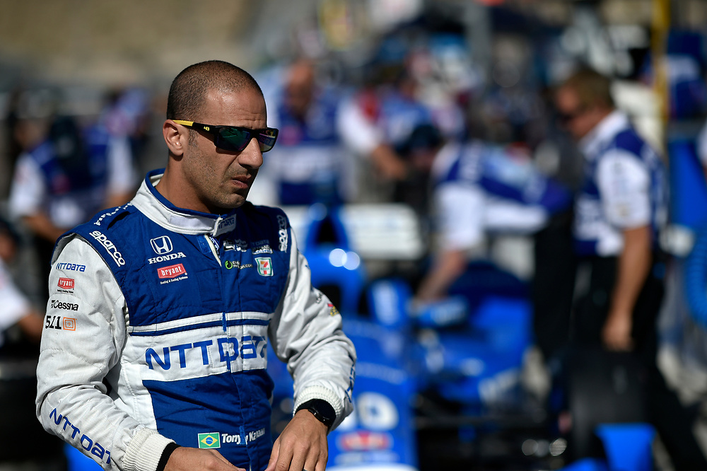Verizon IndyCar Series<br /> Desert Diamond West Valley Phoenix Grand Prix<br /> Phoenix Raceway, Avondale, AZ USA<br /> Friday 28 April 2017<br /> Tony Kanaan, Chip Ganassi Racing Teams Honda<br /> World Copyright: Scott R LePage<br /> LAT Images<br /> ref: Digital Image lepage-170428-phx-1160