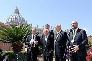 20160506 - Conf. stampa premio Carlo Magno a Papa Francesco  presidenti Martin Schulz e J.C. Junker