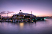 Super Yachts - Motor