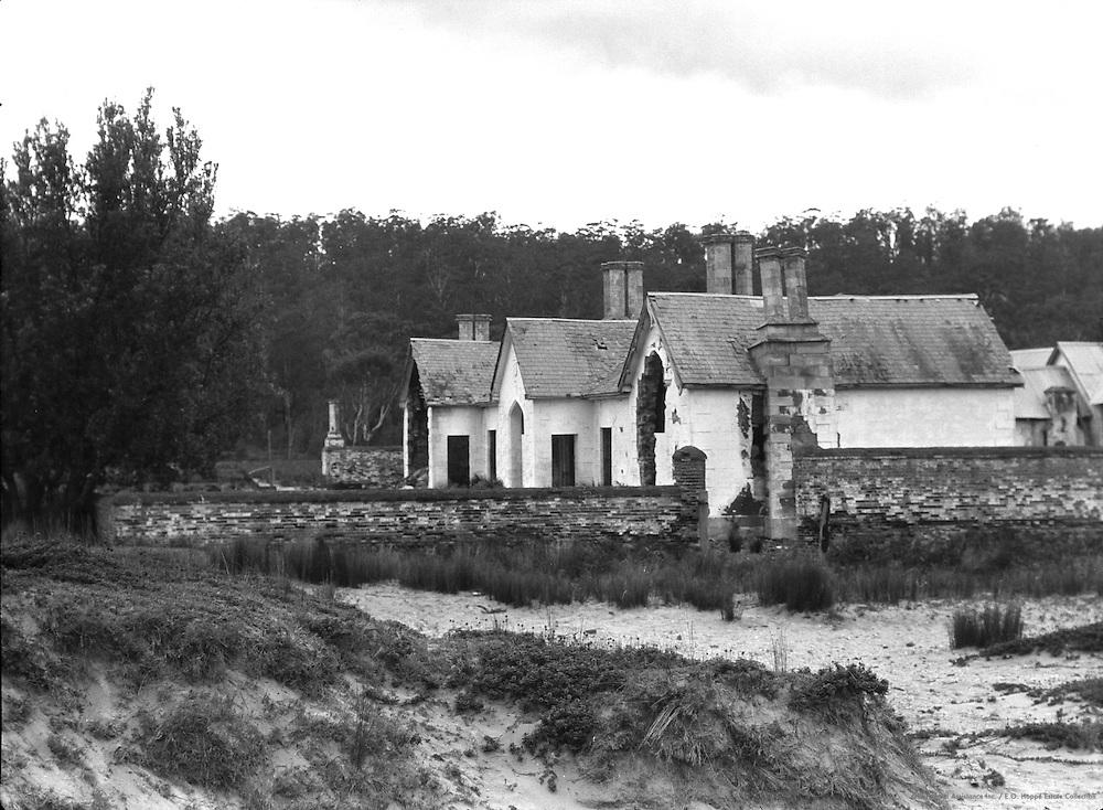 Three Horse Inn, Boyd's town, Australia, 1930