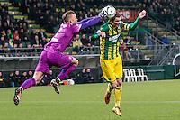 DEN HAAG - ADO Den Haag - FC Twente , Voetbal , Seizoen 2015/2016 , Eredivisie , Kyocera Stadion , 04-03-2016 , FC Twente keeper Nick Marsman (l) in duel met ADO Den Haag speler Thomas Kristensen (r)