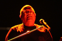 Cuban singer Pablo Milanes performers at Karl Marx theatre in Havana, Cuba on August 27, 2004. (Photo/Cristobal Herrera)