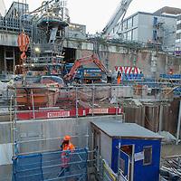 Il progetto Crossrail (118 chilometri da Maidenhead a Heathrow airport) è realizzato da un consorzio di aziende. Il progetto si aprirà alla fine del 2018. Le fotografie sono state prese nella zona di Farringdon.