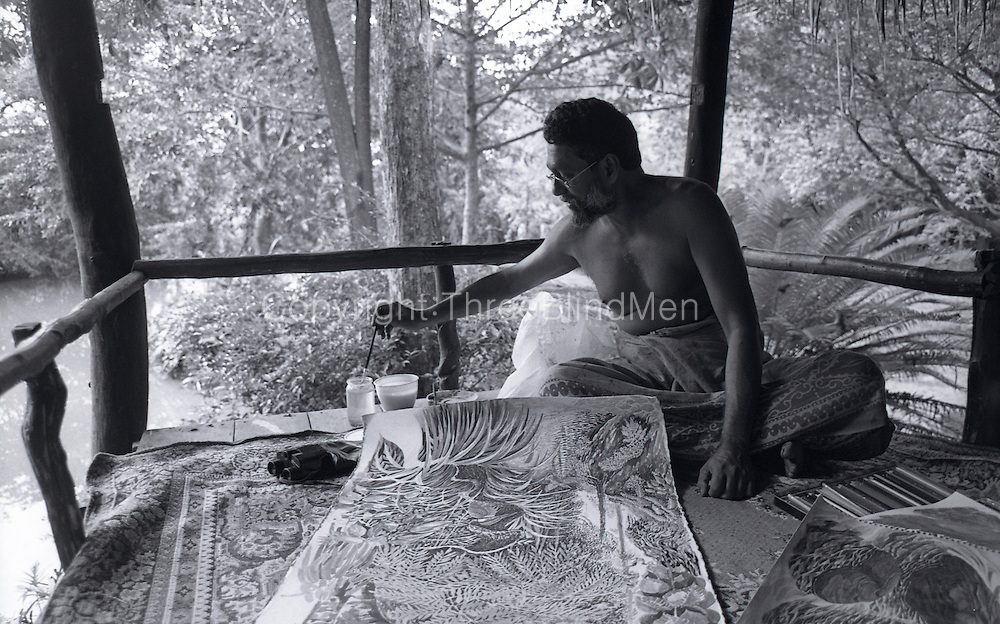 Laki Senanayake at work at his home, Diyabubula..October 1994.