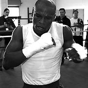 Floyd Mayweather v Oscar De La Hoya