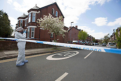 © Licensed to London News Pictures. 23/04/2017.MANCHESTER, UK.  Police and  forensics at the scene of  a murder on Cranbourne Road in Chorlton-cum-Hardy , Manchester, where a man died after confronting two men attempting to steal his car. Photo credit: CHRIS BULL/LNP