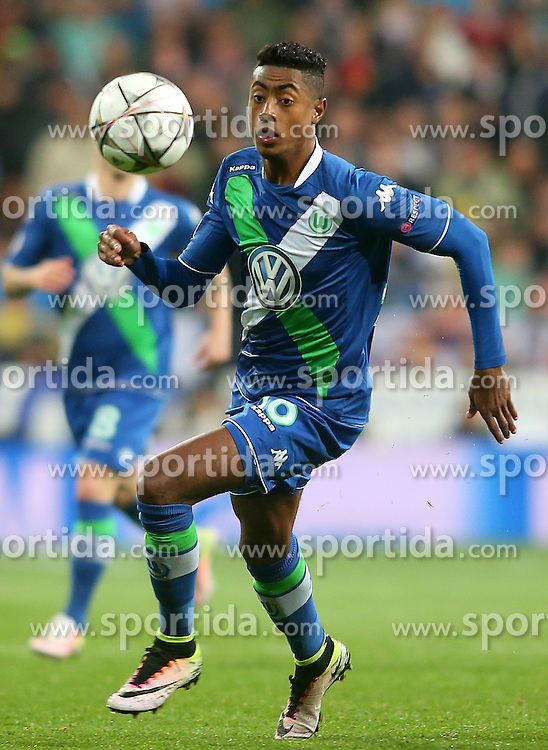 12.04.2016, Estadio Santiago Bernabeu, Madrid, ESP, UEFA CL, Real Madrid vs VfL Wolfsburg, Viertelfinale, Rueckspiel, im Bild WfL Wolfsburg's Bruno Henrique // during the UEFA Champions League Quaterfinal, 2nd Leg match between Real Madrid and VfL Wolfsburg at the Estadio Santiago Bernabeu in Madrid, Spain on 2016/04/12. EXPA Pictures &copy; 2016, PhotoCredit: EXPA/ Alterphotos/ Acero<br /> <br /> *****ATTENTION - OUT of ESP, SUI*****