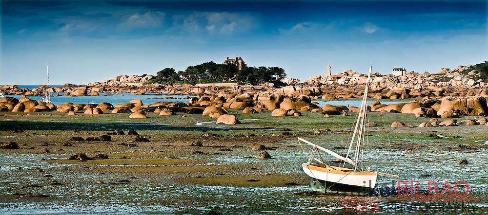 Coastal landscape.<br /> Ploumanach. Pink granite coast. Perros-Guirec, C&ocirc;tes-d'Armor , Brittany, France.