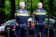 den haag - politie agenten agent op straat copyright robin utrecht
