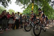 Het Zwitserse team IAM Cycling passeert de wielerliefhebbers. In Utrecht vindt met de presentatie van de renners het eerste offici&euml;le deel plaats van de Grand Depart. Op 4 juli start de Tour de France in Utrecht met een tijdrit. De dag daarna vertrekken de wielrenners vanuit de Domstad richting Zeeland. Het is voor het eerst dat de Tour in Utrecht start.<br /> <br /> The Swiss team IAM cycling passes the fans. In Utrecht the riders present themselves as the first official moment of the Grand Depart . On July 4 the Tour de France starts in Utrecht with a time trial. The next day the riders depart from the cathedral city direction Zealand. It is the first time that the Tour starts in Utrecht.